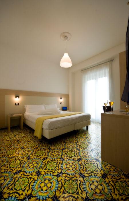 Tariffe e Prezzi Economici per Dormire - Hotel 3 Stelle Maiori, Costiera Amalfitana